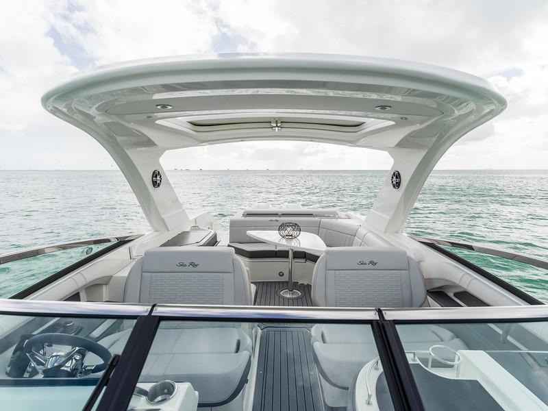 2020-SLX-R-310-outboard-dash-looking-aft-01.jpg