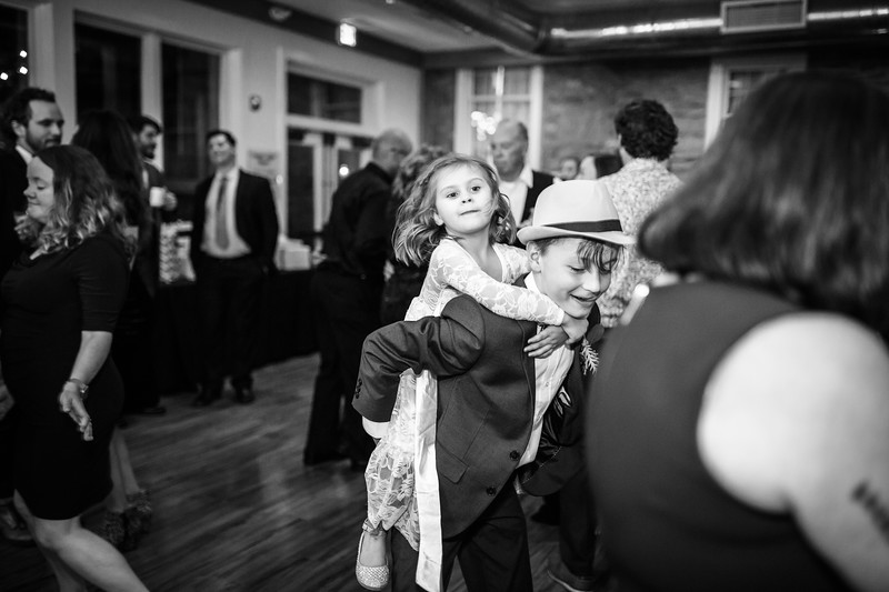 katelyn_and_ethan_peoples_light_wedding_image-789.jpg