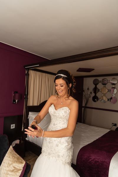 01 Bridal Prep-126.jpg