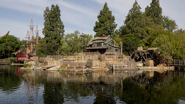 Disneyland Resort, Disneyland, Tom Sawyer Island