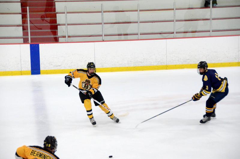 140907 Jr. Bruins vs. Valley Jr. Warriors-076.JPG