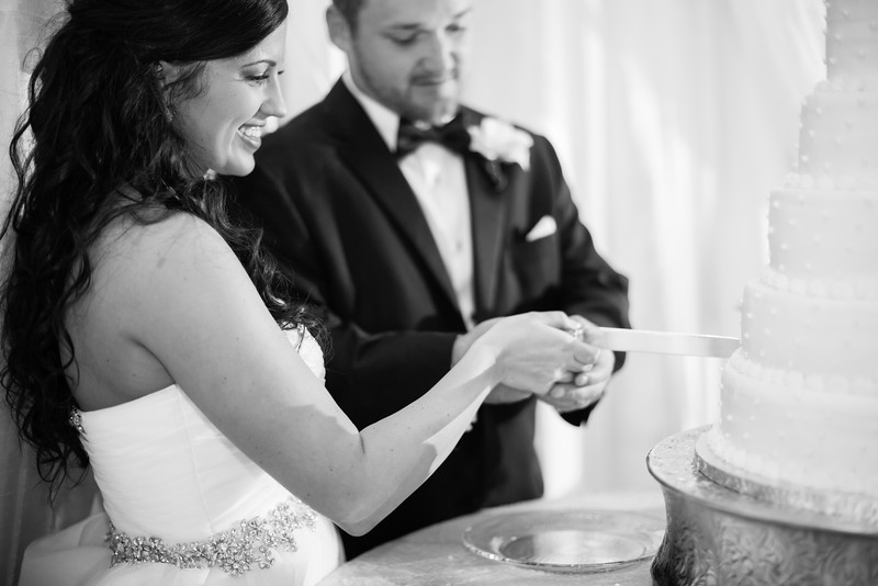 0918_Josh+Lindsey_WeddingBW.jpg