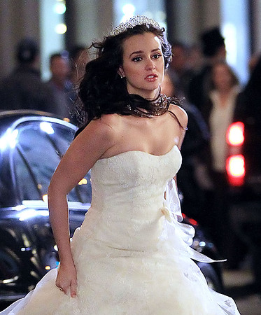 2011-11-14 - Leighton Meester wedding dress