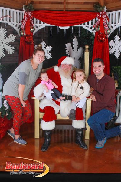 Santa 12-10-16-168.jpg
