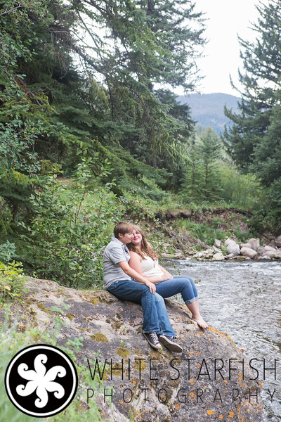 Vail Engagement Photos - Raena and Chanel