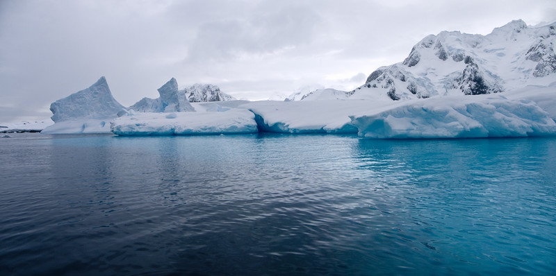 Lemaire Brook Island ice 11262010.jpg