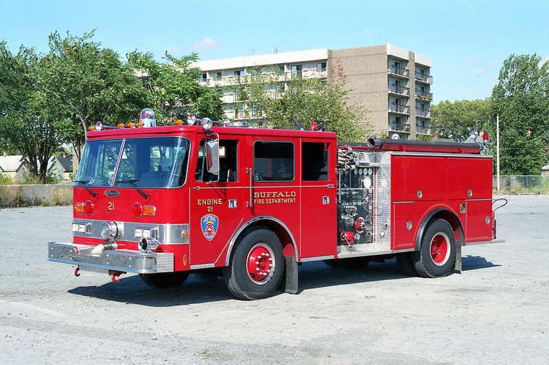 BUFFALO FD  ENGINE 21  1987  PIERCE ARROW   1250-500.jpg