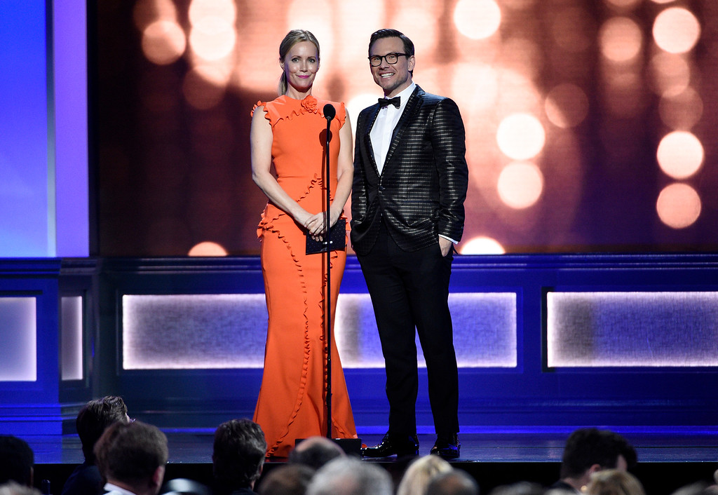 . Leslie Mann, left, and Christian Slater present the award for best comedy series at the 22nd annual Critics\' Choice Awards at the Barker Hangar on Sunday, Dec. 11, 2016, in Santa Monica, Calif. (Photo by Chris Pizzello/Invision/AP)