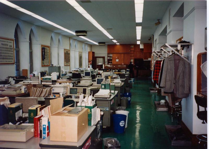 Press Gallery hotroom1990 001.jpg