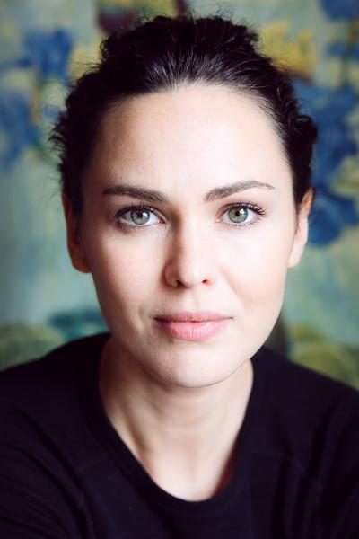 Caroline O'Hara Portraits 8.10.16 (lo-res)--24.jpg