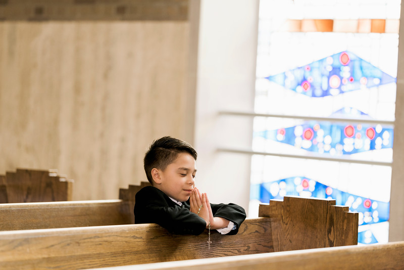 2019-divine-child-dearborn-michigan-first-communion-pictures-intrigue-photography-session-20.jpg
