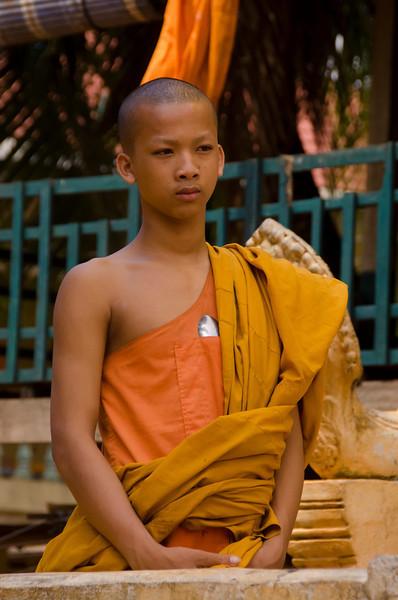 CambodiaBoyMonkPortraitDSC_6085.jpg