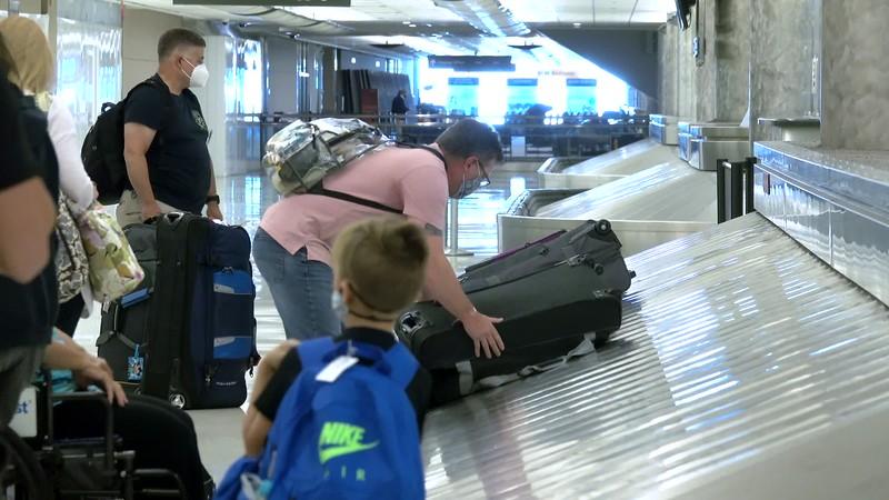090220_Passengers_Luggage_brooroll-010.mp4