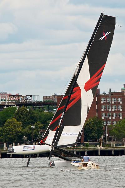 2011-07-01|ExtremeSail Boston  006