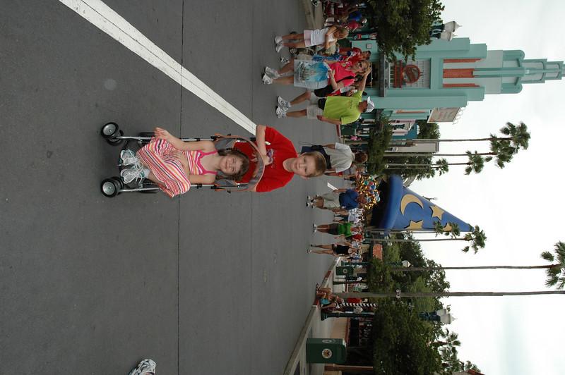 Disney July 2009 007.JPG
