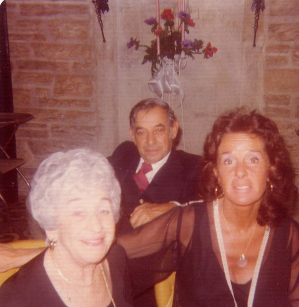 Helen, Sam & Mom.jpg