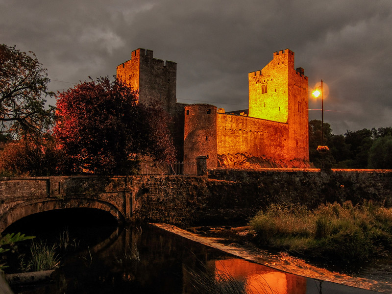 Cahir Castle at dusk