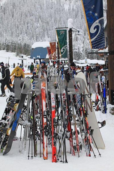 Snoqualmie ski area 8895.jpg