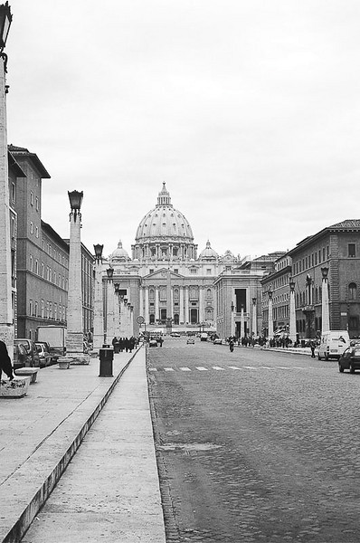 Friday_Popeworld_From_outside_1