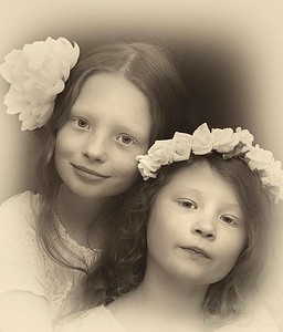 Bella and Amelie