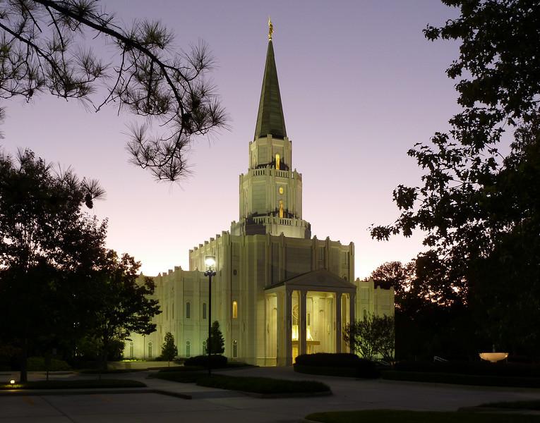 HoustonTempleTwilight2.jpg