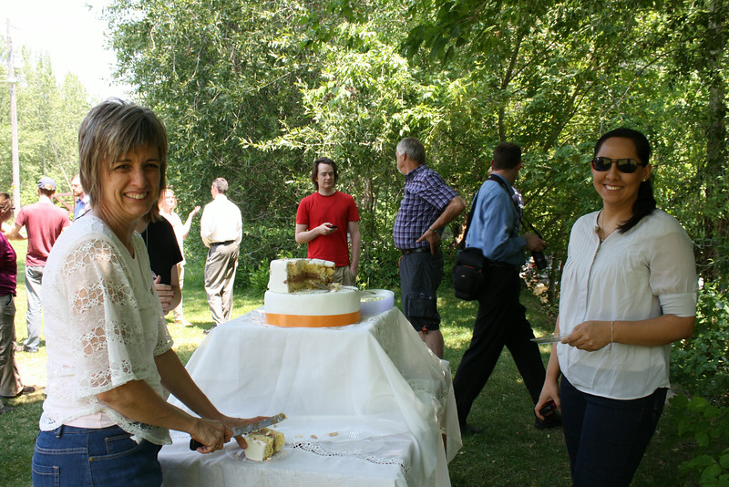 Carin & Alex Cake Cutting in Canyon_2014.7.19 171.jpg