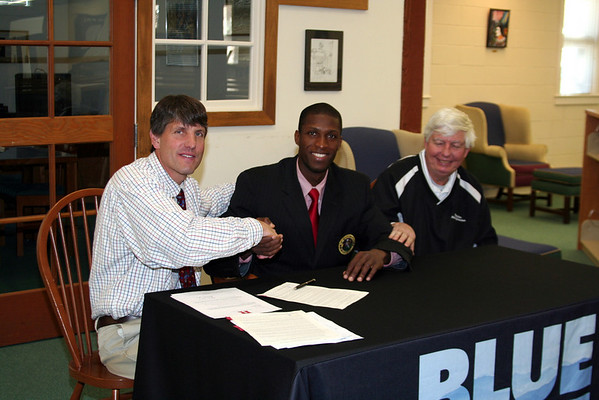 2011 College Signings