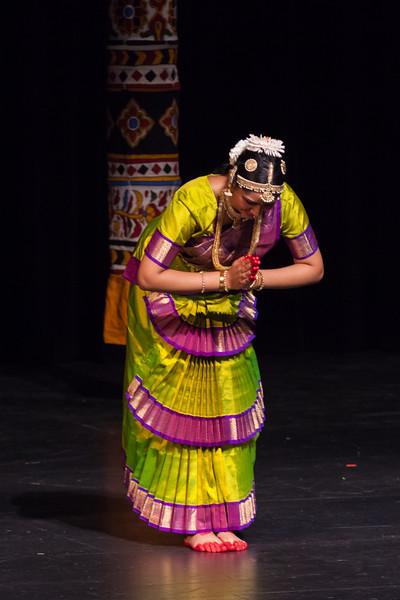 PriyaShreyaDance-0195.jpg