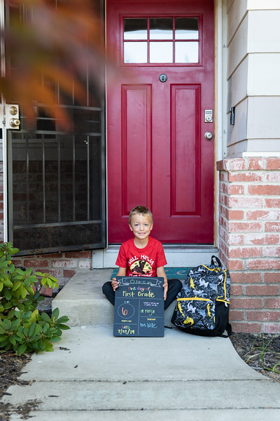 Colton First Day First Grade-9975.jpg