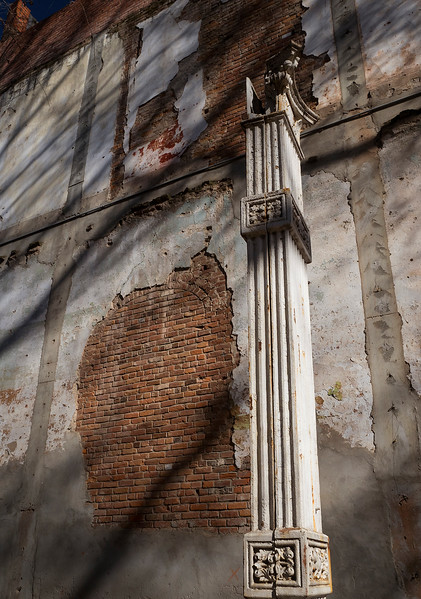 exposed brick.jpg