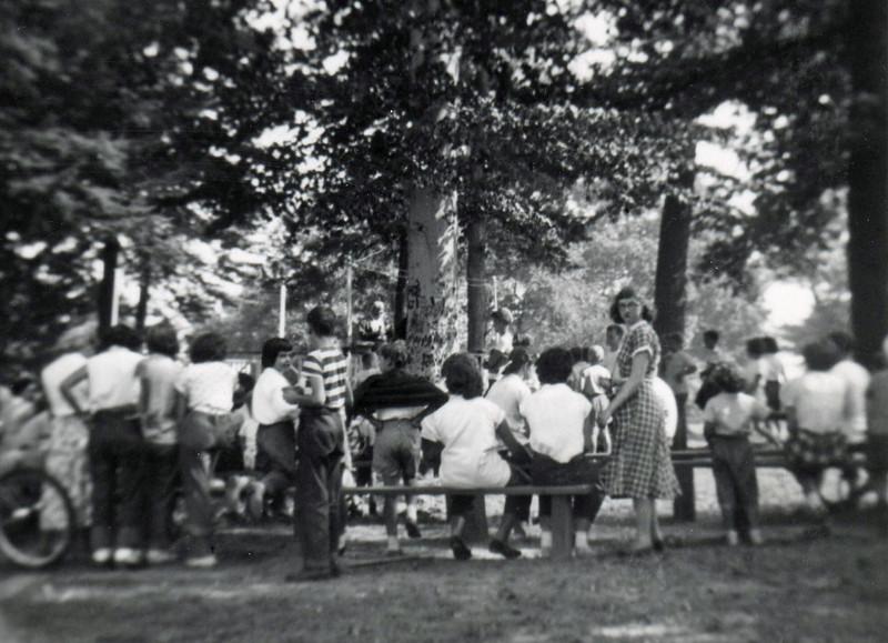 FRIBERGER PARK FIELD DAY 1948 008.jpg