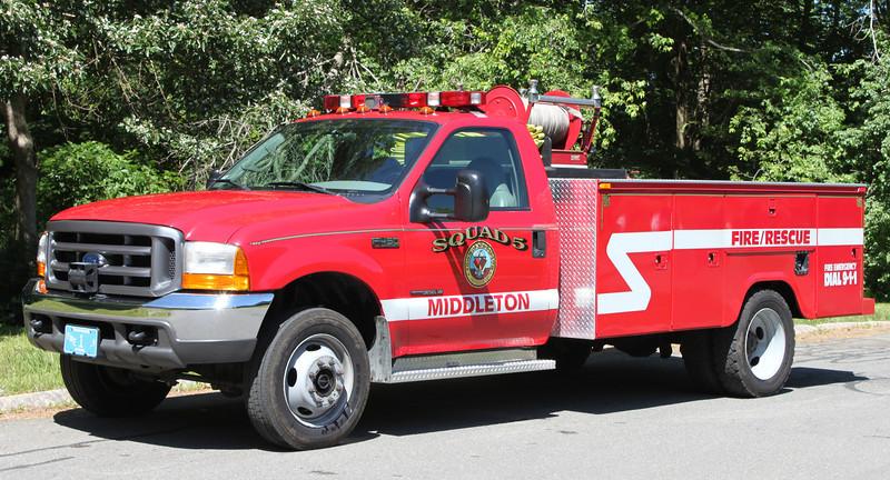 Squad 5  2000 Ford F-450  125/250