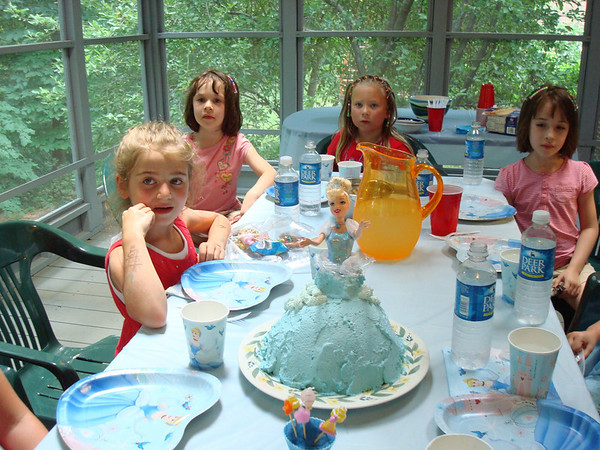 Isabel's Birthday Cakes