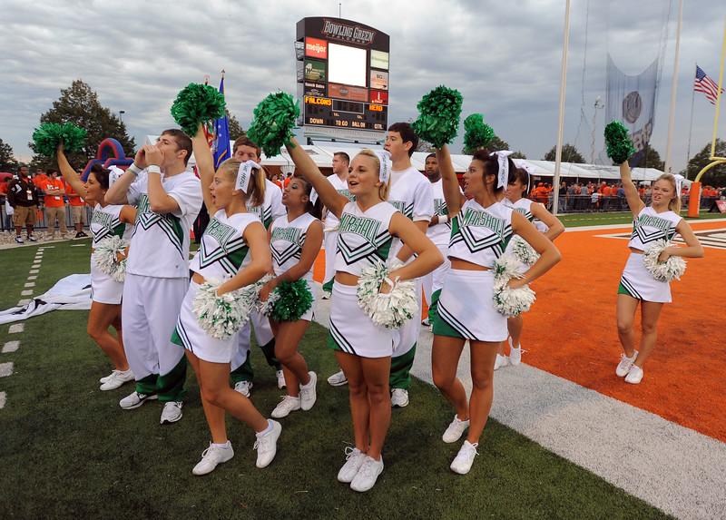 cheerleaders8895.jpg