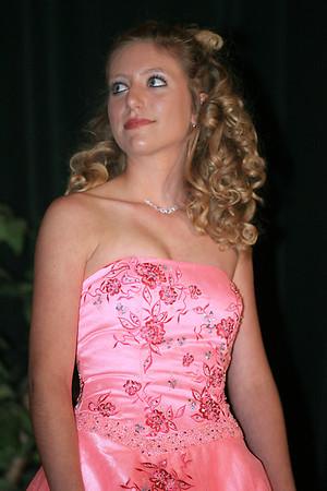 Suwannee High School Fashion Show