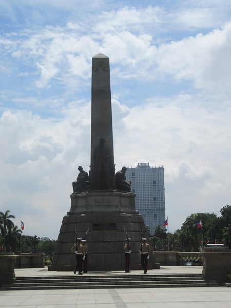 006_Manila. Rizal Park and Rizal Monument. Country's writer and national hero, Dr. Jose Rizal.JPG