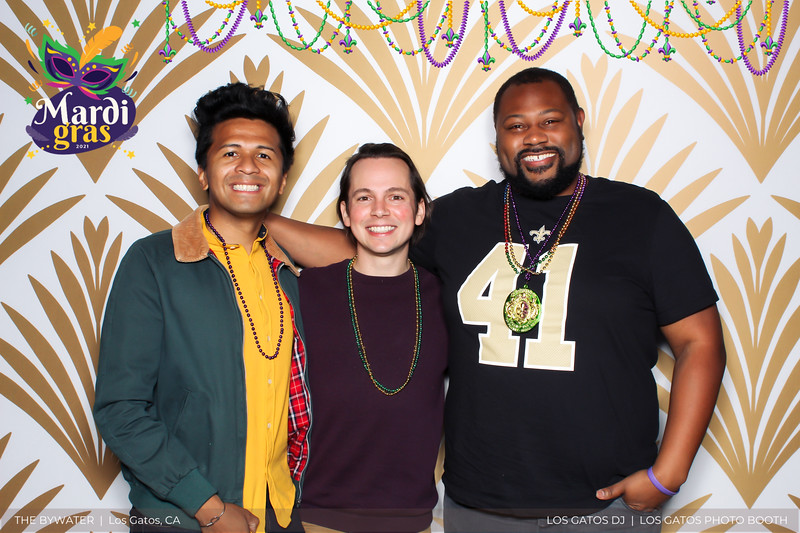 LOS GATOS DJ - The Bywater's Mardi Gras 2021 Photo Booth Photos (beads overlay) (18 of 29).jpg