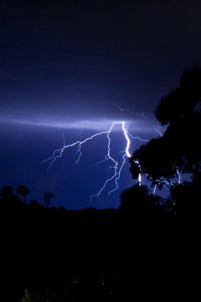 lightning-001-3.jpg