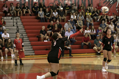 HS Sports -  Riverview at New Boston Huron Volleyball
