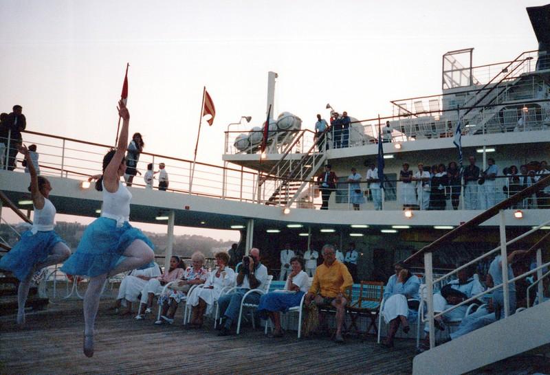 Dance-Trips-Greece_0007_a.jpg