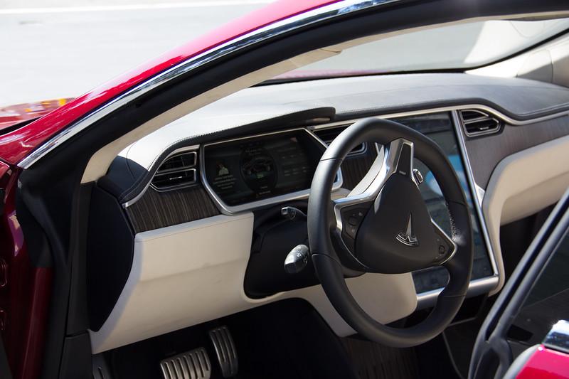 Model S - Interior 1.jpg