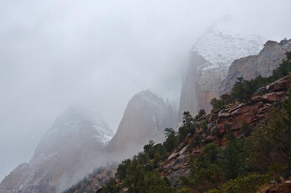 zion fog Dec 2009