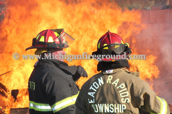 6/15/20 - Eaton Rapids Twp live burn training