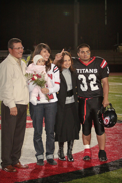 Gunn Varsity senior night 2009 (28 of 153).jpg
