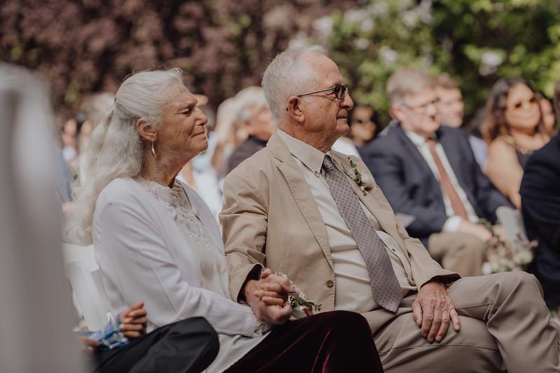 2018-05-12_ROEDER_JulieSeth_Wedding_DUSTIN1_0073.jpg