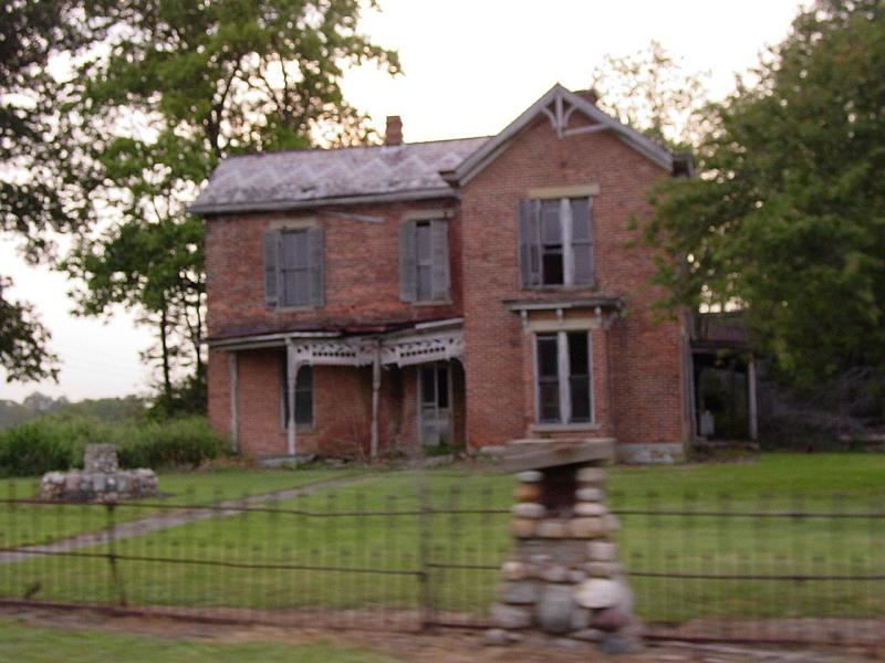 Deserted house on the outskirts of Lynchburg, Ohio