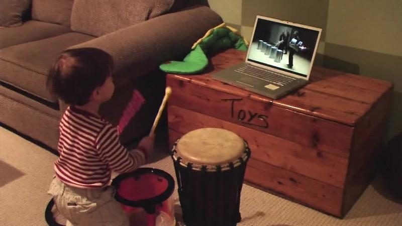 2008-11-24 Toddler TorQ.mov