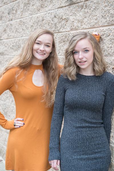 Smith-girls-outside-2309.jpg