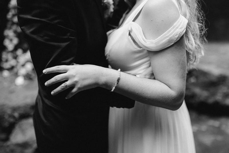 Carl&Erin-elopement-191103-209.jpg