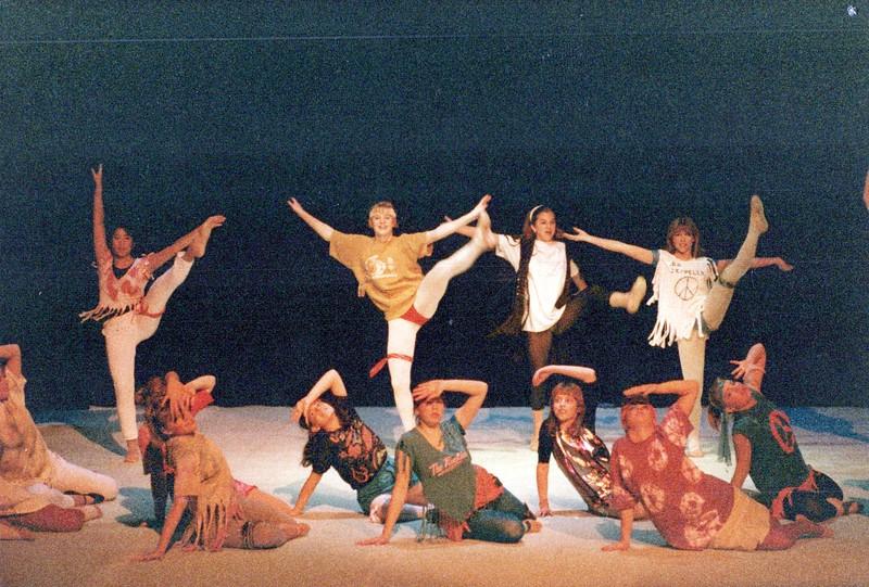 Dance_2211_a.jpg
